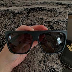 OTL II Quay x Desi Perkins Sunglasses